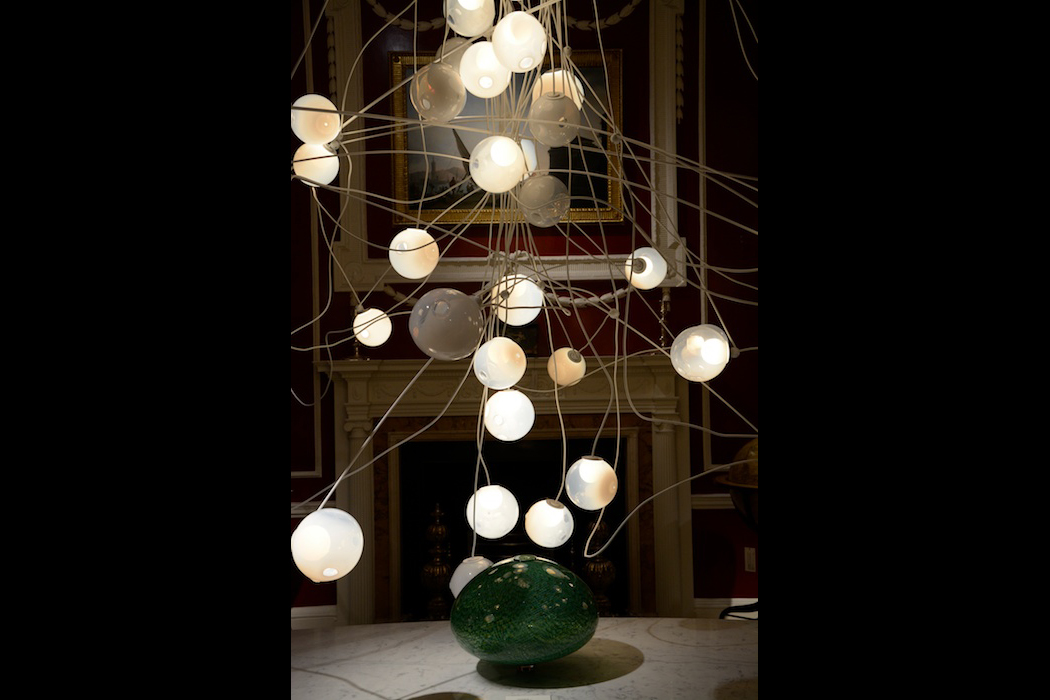 Lichtkunst von Bocci at Mallett, London