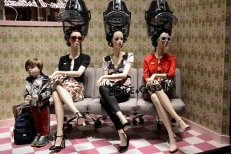 Al parruchiere, Dolce&Gabbana, Mailand