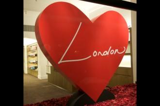 Ein Herz für London bei Marc Jacobs
