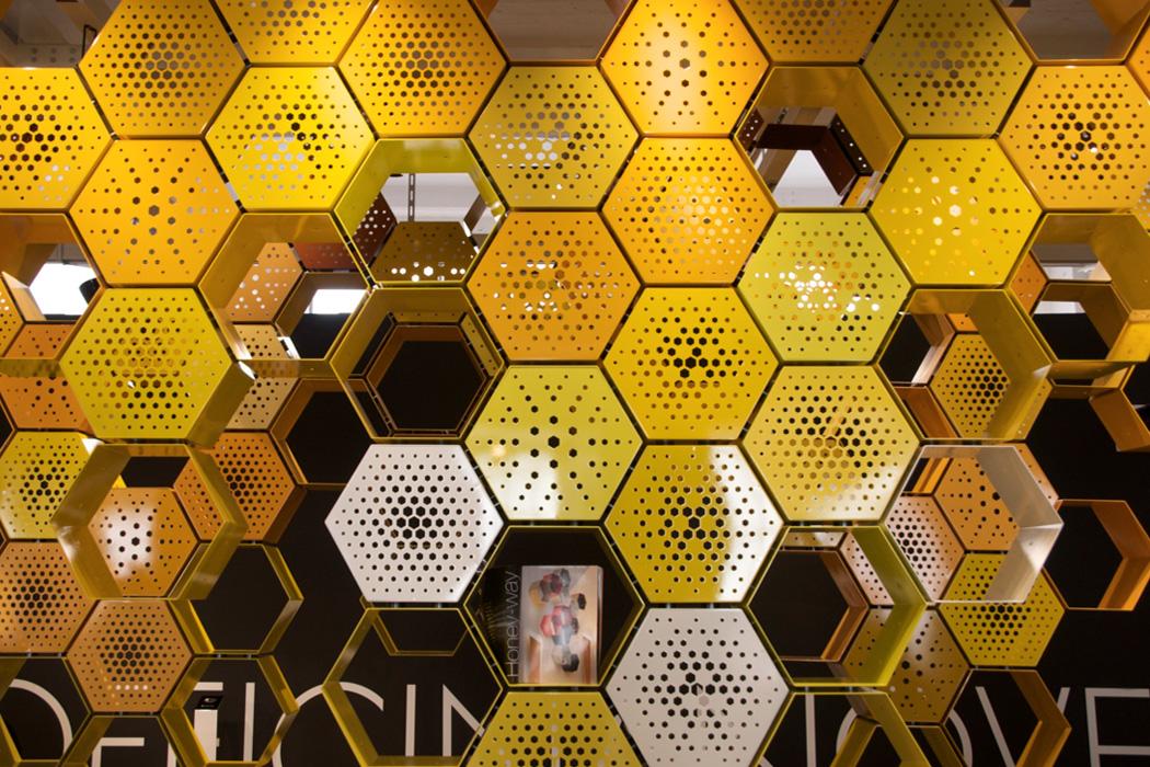 Bienenwaben..wo ist der Honig?