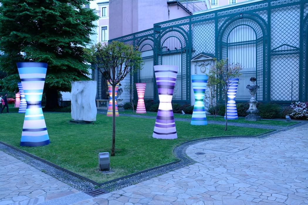 Blaue Stunde im Innenhof der Gallerie d'Italia