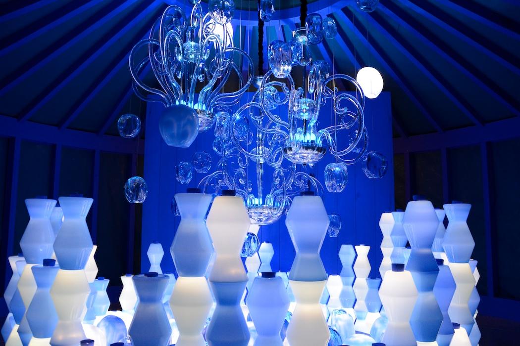 Blaue Stund bei Barrovier & Toso, Salone del Mobile, Mailand